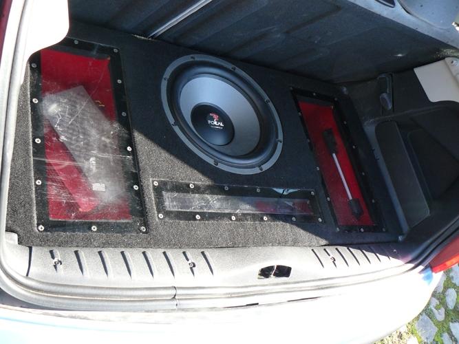 comment fabriquer un caisson subwoofer haut parleur son multim dia forum tuning. Black Bedroom Furniture Sets. Home Design Ideas